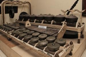 yohanes-chandra-ekajaya-kutukan-kutukan-misterius-pada-benda-kuno